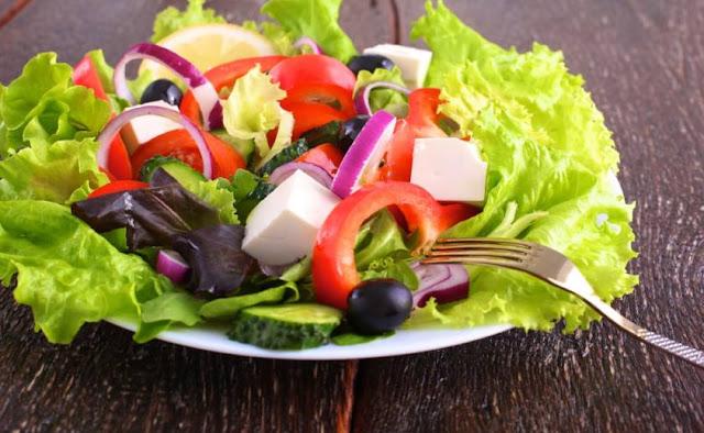 6 Manfaat Mengonsumsi Makanan Mentah Bagi Kesehatan