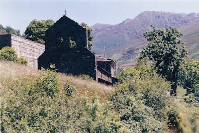 Iglesia de San Jorge de Tormaleo, Ibias, 1999