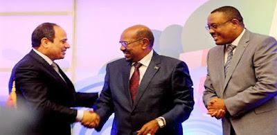 لقاء سابق بين الزعماء الثلاثة في الخرطوم