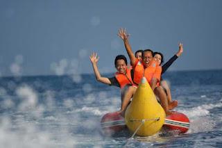 Pulau Pramuka Banana Boat