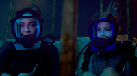 47 Meters Down Mandy Moore and Claire Holt Image 9 (12)
