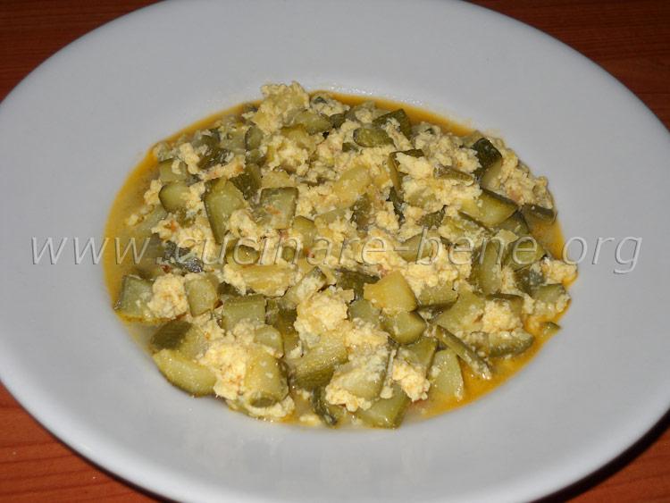 Ricetta verdura zucchine con uova cucinare bene ricette for Cucinare 2 uova