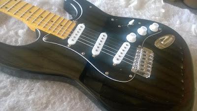 Luthier, conserto, reparo, manutenção, assistencia tecnica de instrumentos muscais