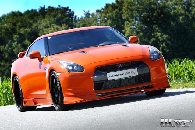 """World Version Custom: Nissan GT-R Rebaixado + Rodas aro 21"""""""