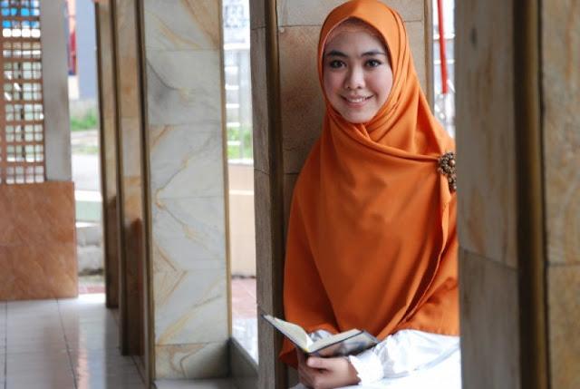 Petisi Sudah Kadaluwarsa, Oki Setiana Dewi Sibuk Hafal Alquran, Begitu Sangat Mulia