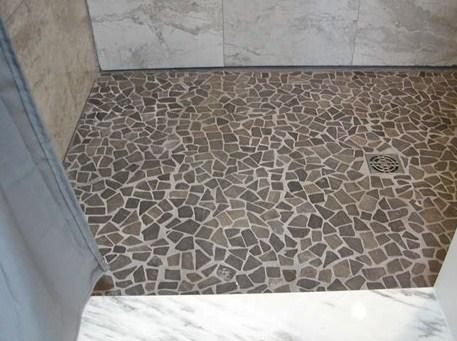 Model motif keramik lantai kamar mandi yang minimalis