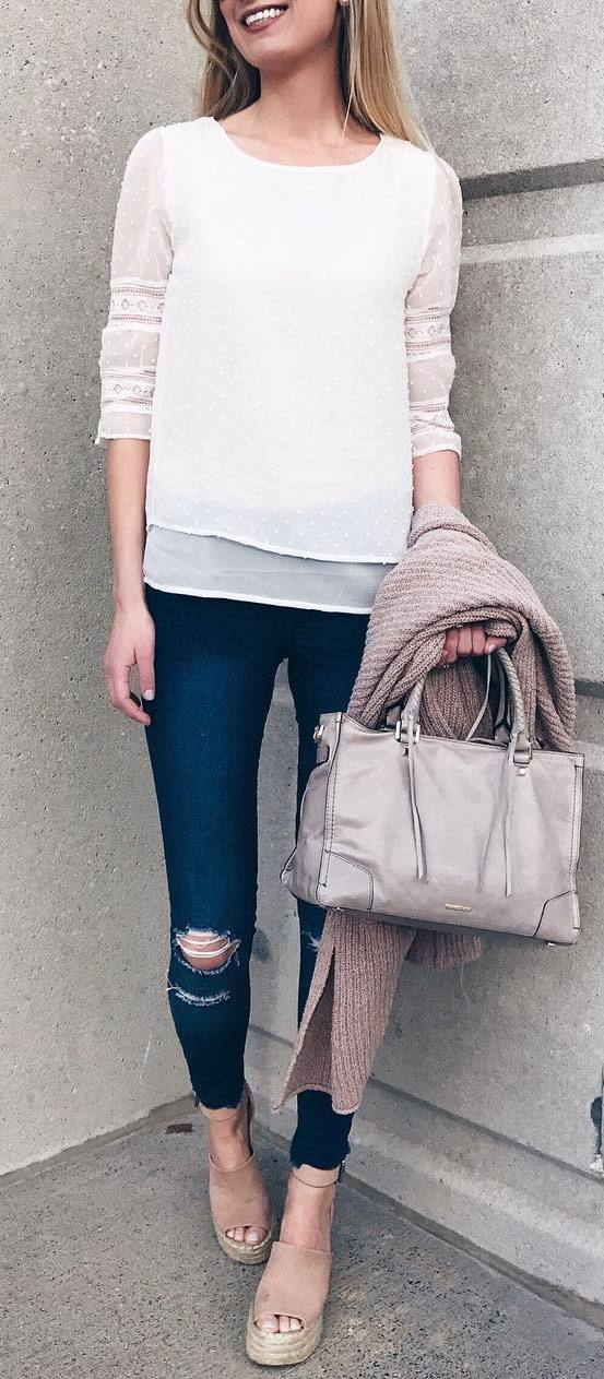 casual style addict: top + rips + bag