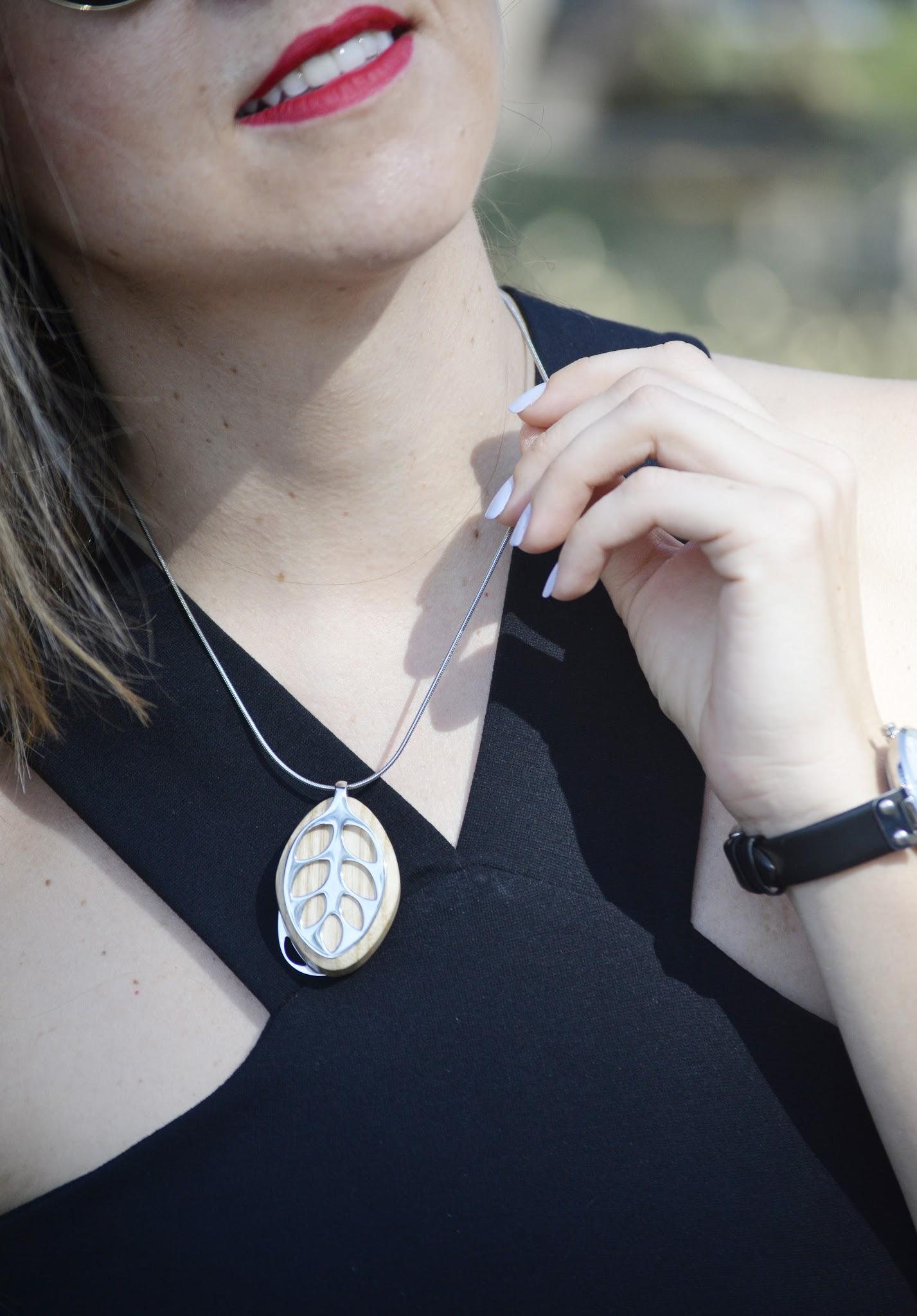 colgante-leaf-bellabeat-smart-jewelry