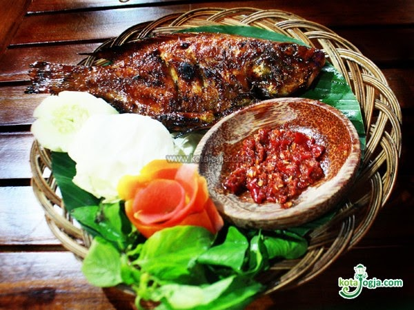 Resep Ikan Nila Bakar Trias Kitchen