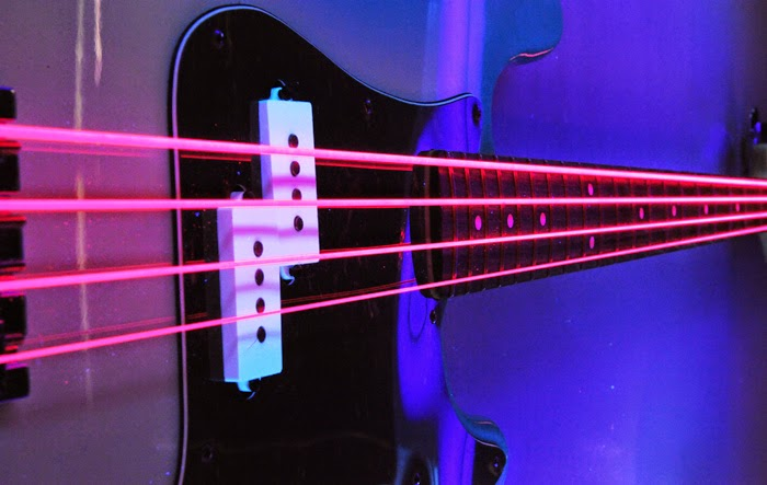 DR NEON PINK BASS STRINGS