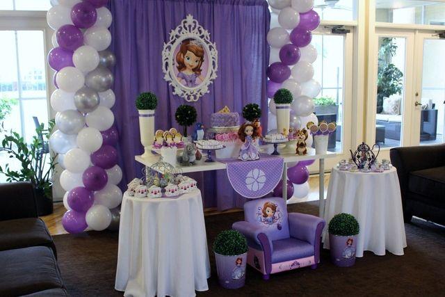 Decoraciones de Fiestas Infantiles, Piñatas y Centros de