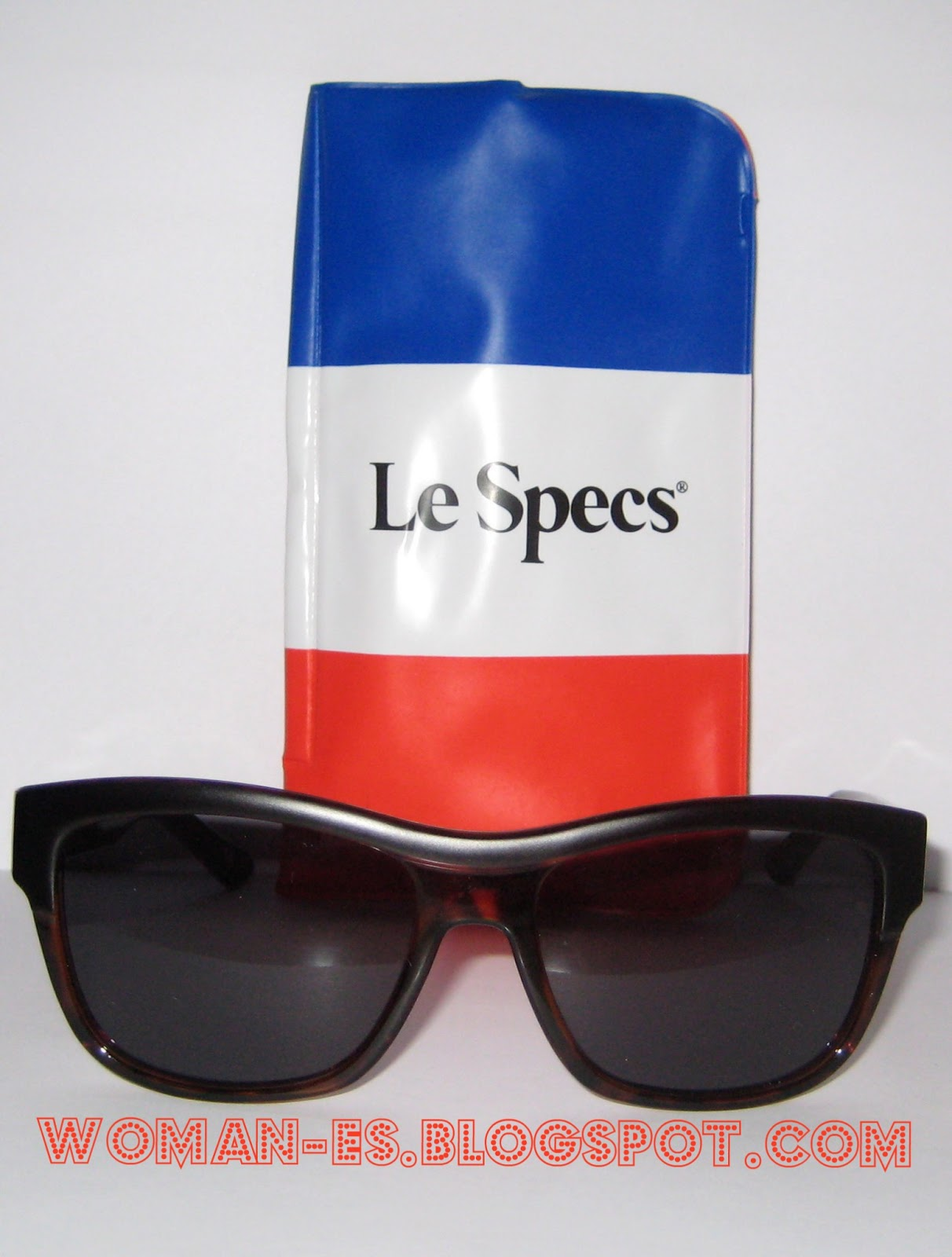 cc8045af0a También podemos comprarlo con cristales graduados a un precio de 103,90 €.  Son gafas unisex de pasta ...