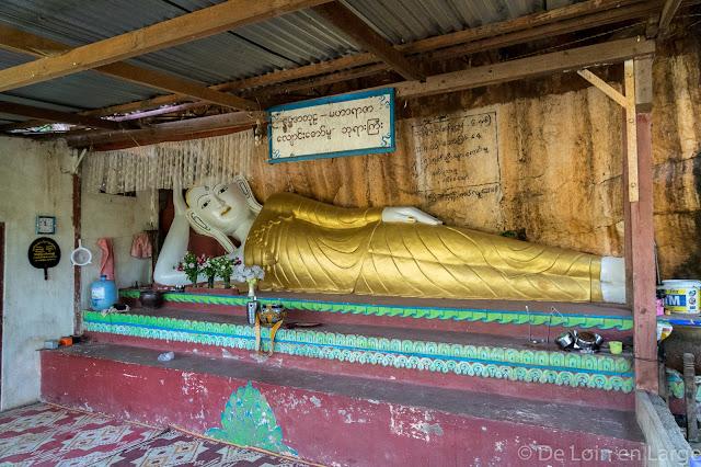 Htut Eain Cave - Région lac Inle - Myanmar Birmanie