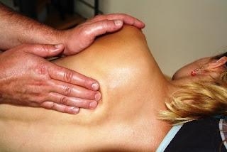 Cara Mengatasi Sakit Punggung saat Hamil