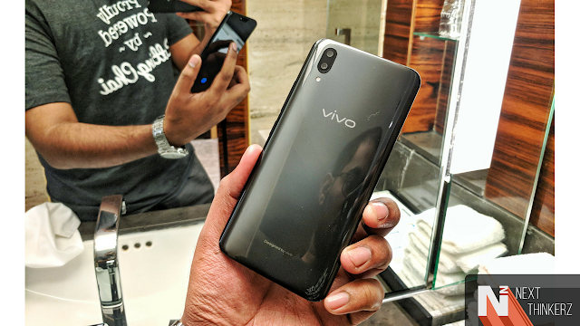 Vivo X21 - First Phone with In-Display Fingerprint Scanner Phone launched in India.