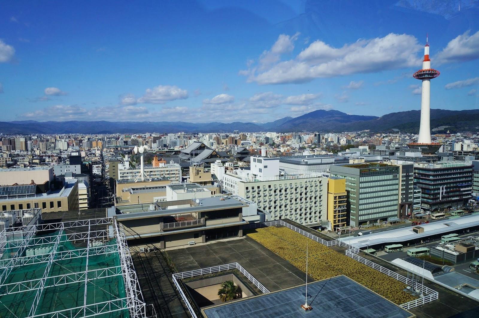 京都-京都景點-推薦-京都塔-自由行-旅遊-市區-京都必去景點-京都好玩景點-行程-京都必遊景點-日本-Kyoto-Tower-Tourist-Attraction