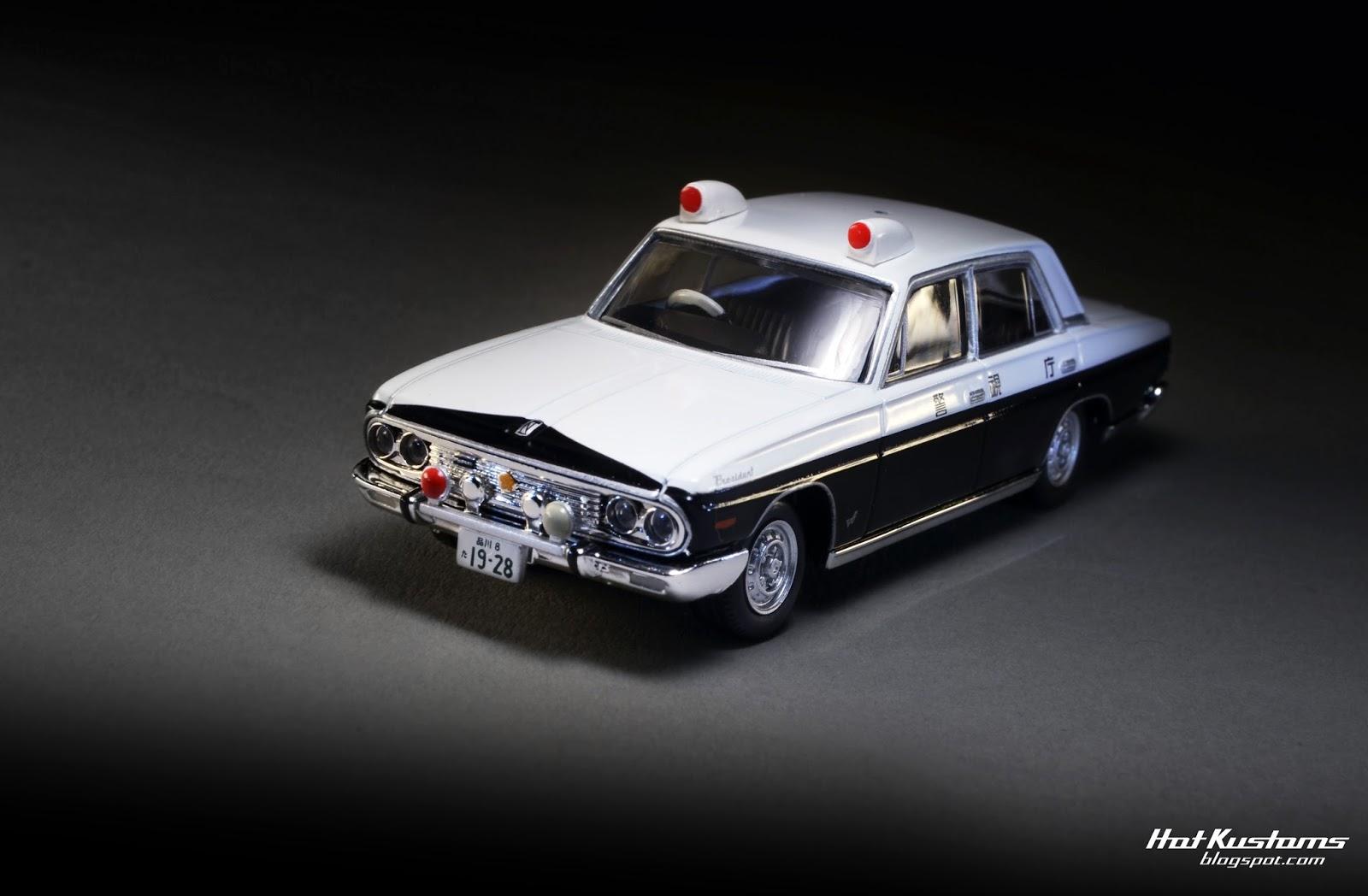 hot kustoms mini cars tlv nissan president patrol car. Black Bedroom Furniture Sets. Home Design Ideas