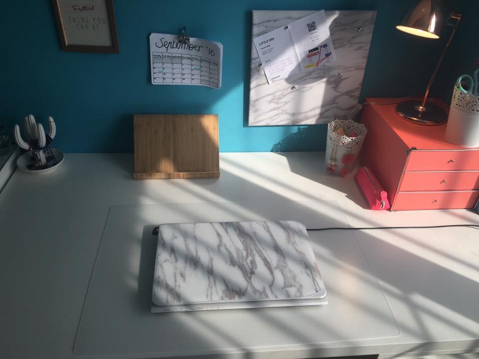Mijn bureau desk tour parksidetraceapartments