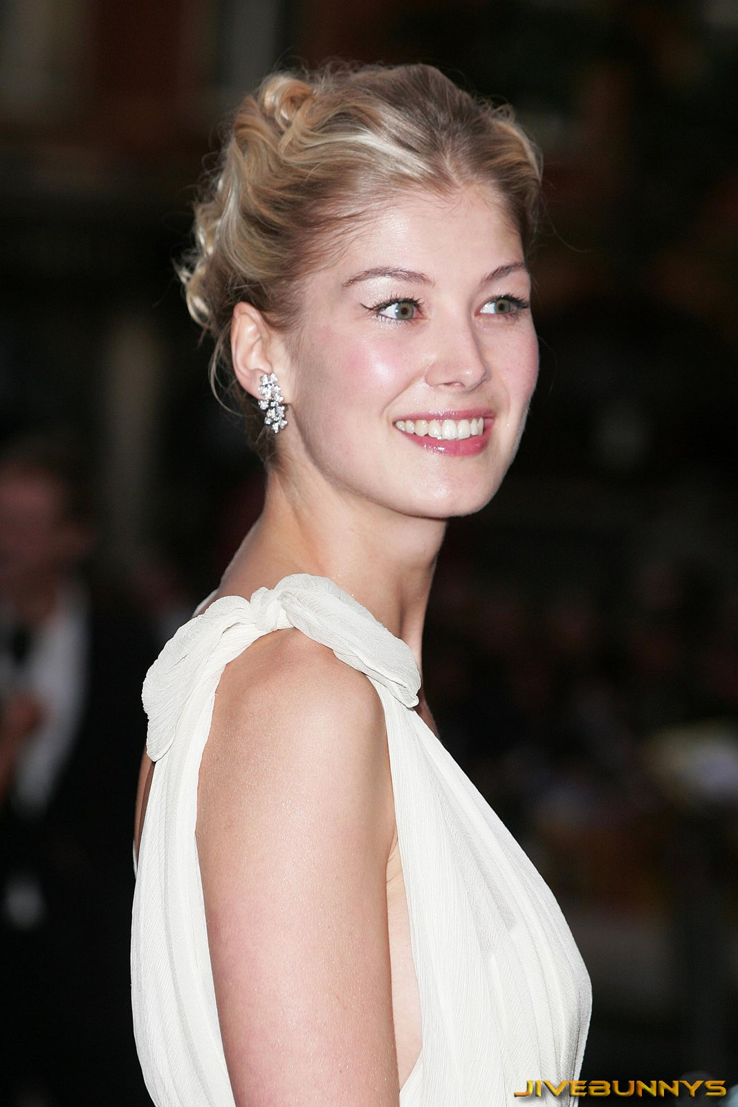 Actress rosamund pike
