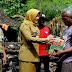 Wakil Bupati Klaten Hj Sri Mulyani Kunjungi Korban Kebakaran Trucuk.