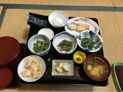 旅館勇蔵の朝食