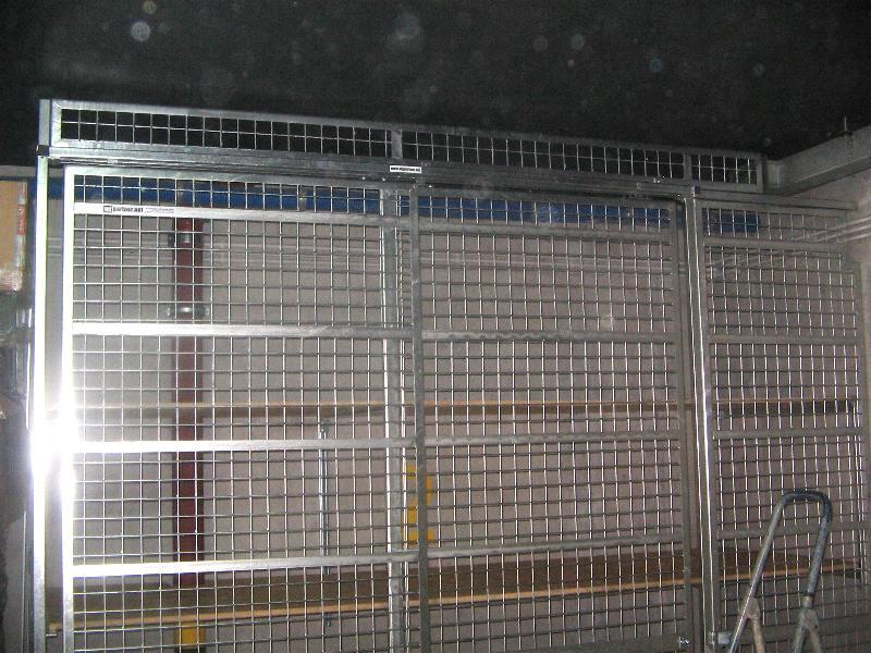 Boks garażowy miejsce na rowery na stanowisku parkingowym