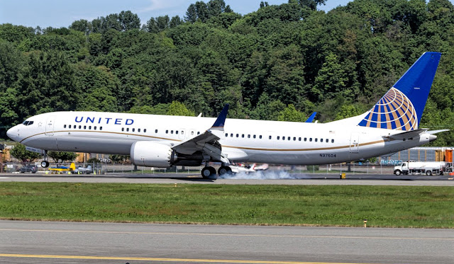b737 max 9 united airlines
