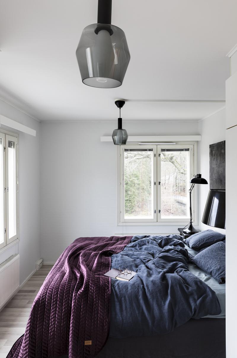 Airam, Wirkkala, makuuhuone, sisustus, sisustaminen, pellava, pellavalakanat, tunnelmallinen, bedroom, interior, inredning, linen, bedding, Visualaddict, valokuvaaja, Frida Steiner
