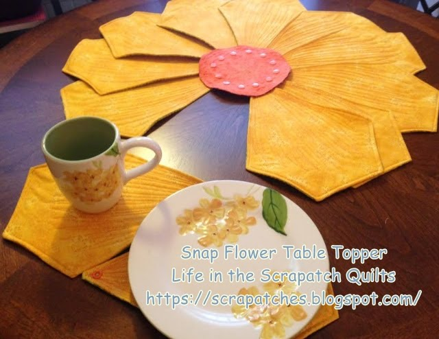 Snap Flower Table Quilt