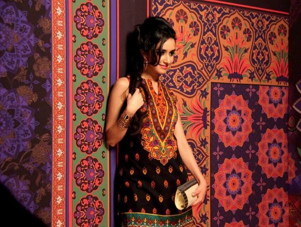 undress pics of desi girl shraddha kapoor
