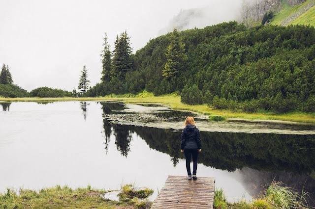 Wanderung zum Wiegensee ein echter Geheimtipp bei Regenwetter! Super Schlechtwetter Wanderung an der Grenze zwischen Vorarlberg und Tirol. Wandern Montafon Verwall 01