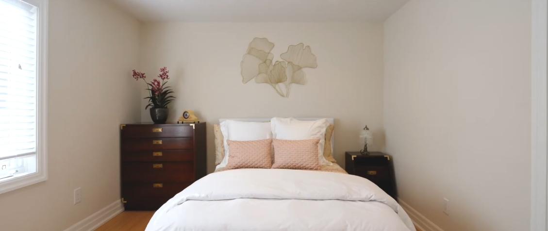 39 Interior Design Photos vs. 66 Cromdale Ridge, Woodbridge, ON Luxury Home Tour