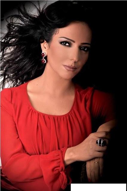 البوم صور الفنانة السورية الجميلة امل عرفة على شكل كوليشن صور