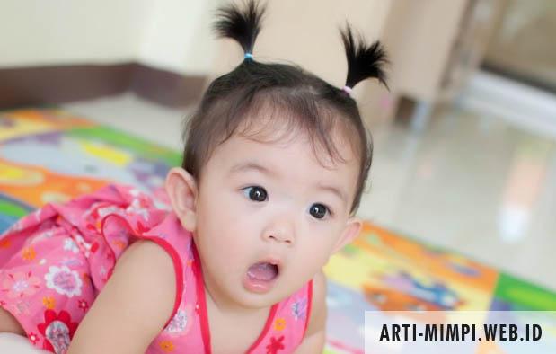 Arti Mimpi Melahirkan Anak Perempuan