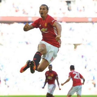 Ibrahimovic Shines As Mourinho's Manchester United Win Community Shield Against Leicester