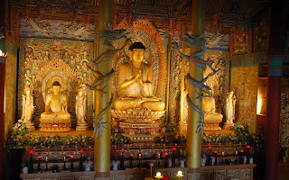 Buddhist-temple-statue-golden-lights-image.jpg