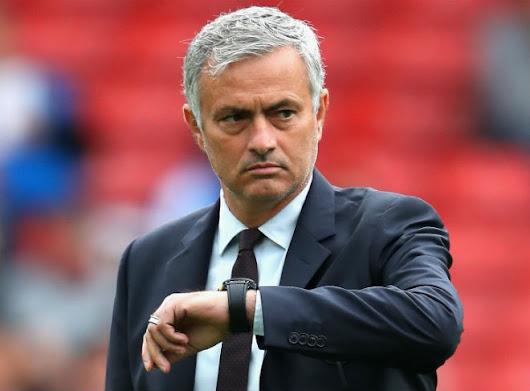 """Mourinho """"chưa hài lòng"""" về đội hình M.U"""