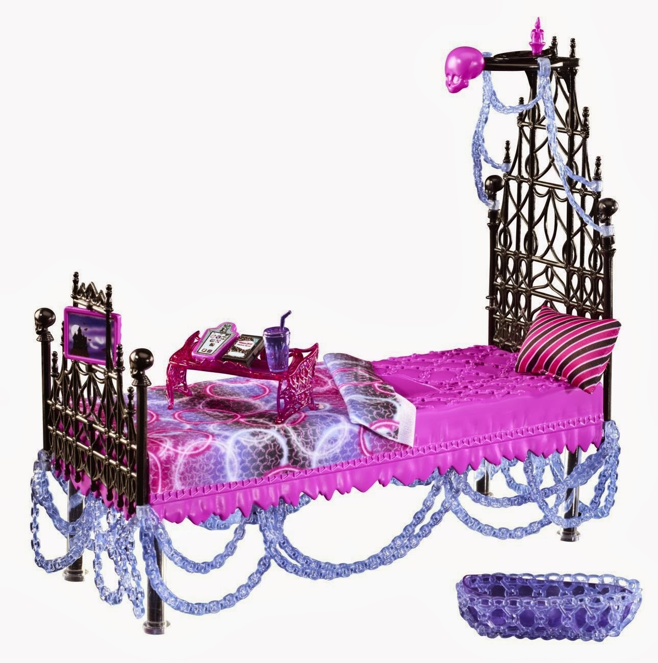 mom of 2 dancers reviews monster high doll furniture sales amazon. Black Bedroom Furniture Sets. Home Design Ideas