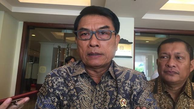 Jokowi Dilaporkan ke Bawaslu, Moeldoko: Kampungan