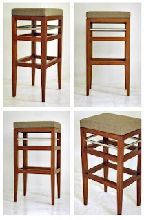 Fittri Chair 01 adalah Kursi Jati jenis Barstool untuk bersantai dengan keluarga dan teman