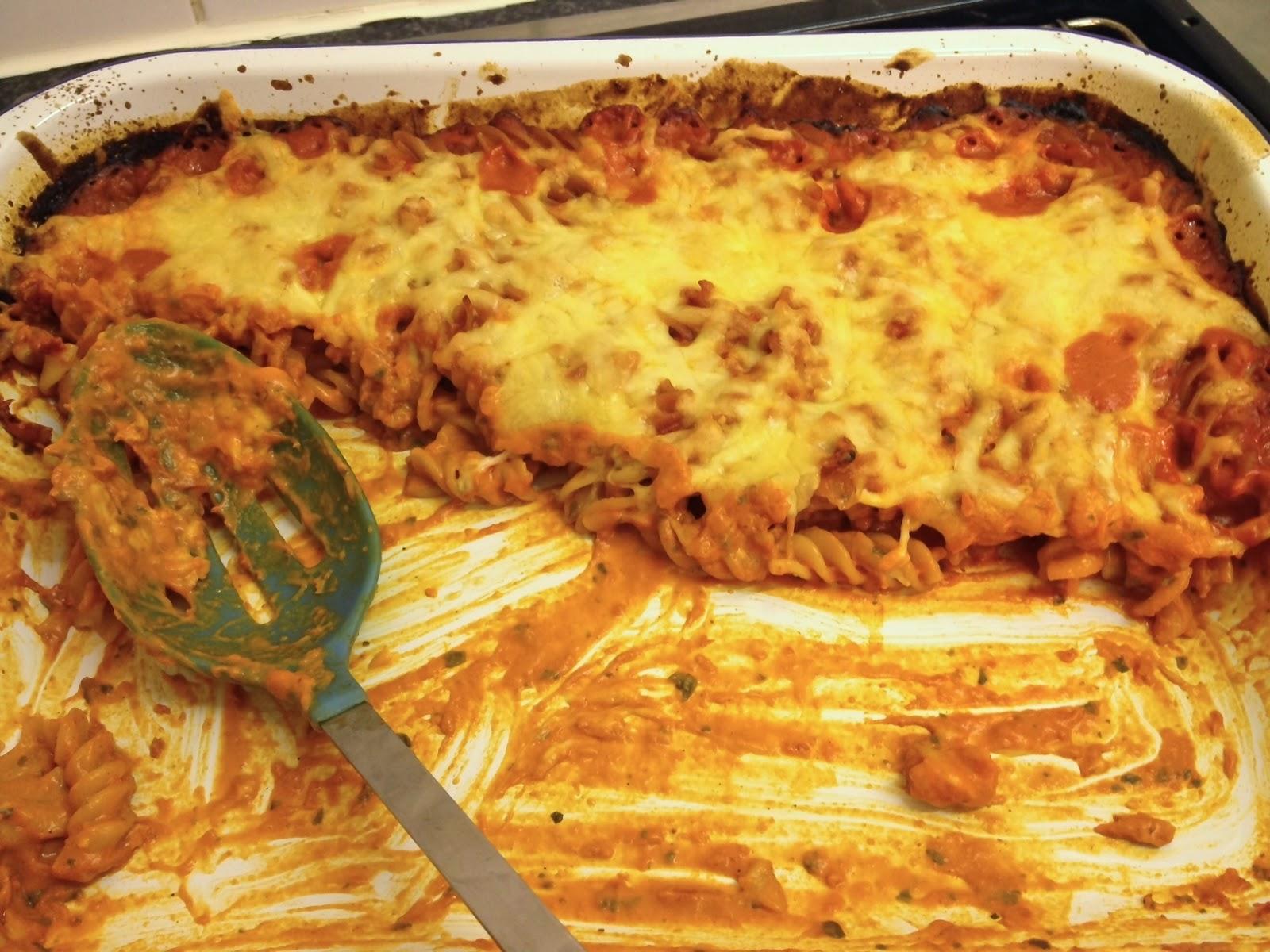 easy tomato cheese pasta bake