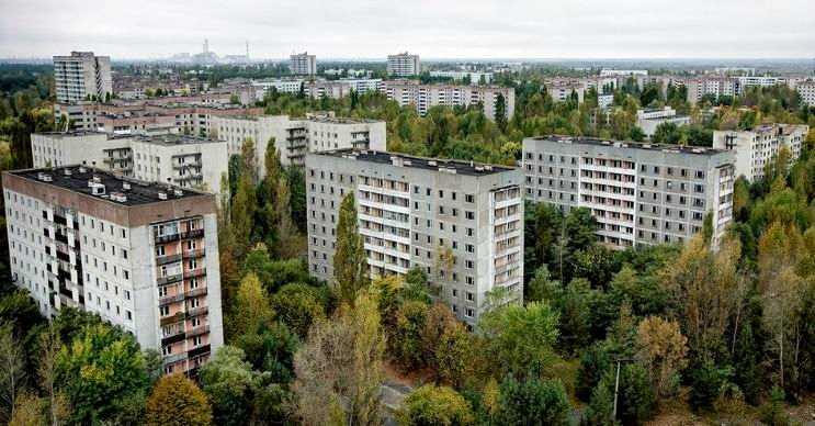 Pripyat şehrine girişler hala yasaktır, fakat bazı yerlerine izinle girilebilmektedir.