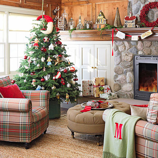 Decorating your living room to celebrate a Christmas 24-hour interval is a expert stance to scope to a greater extent than spiri New Home Ideas- Christmas Decoration Ideas for Your Living Room