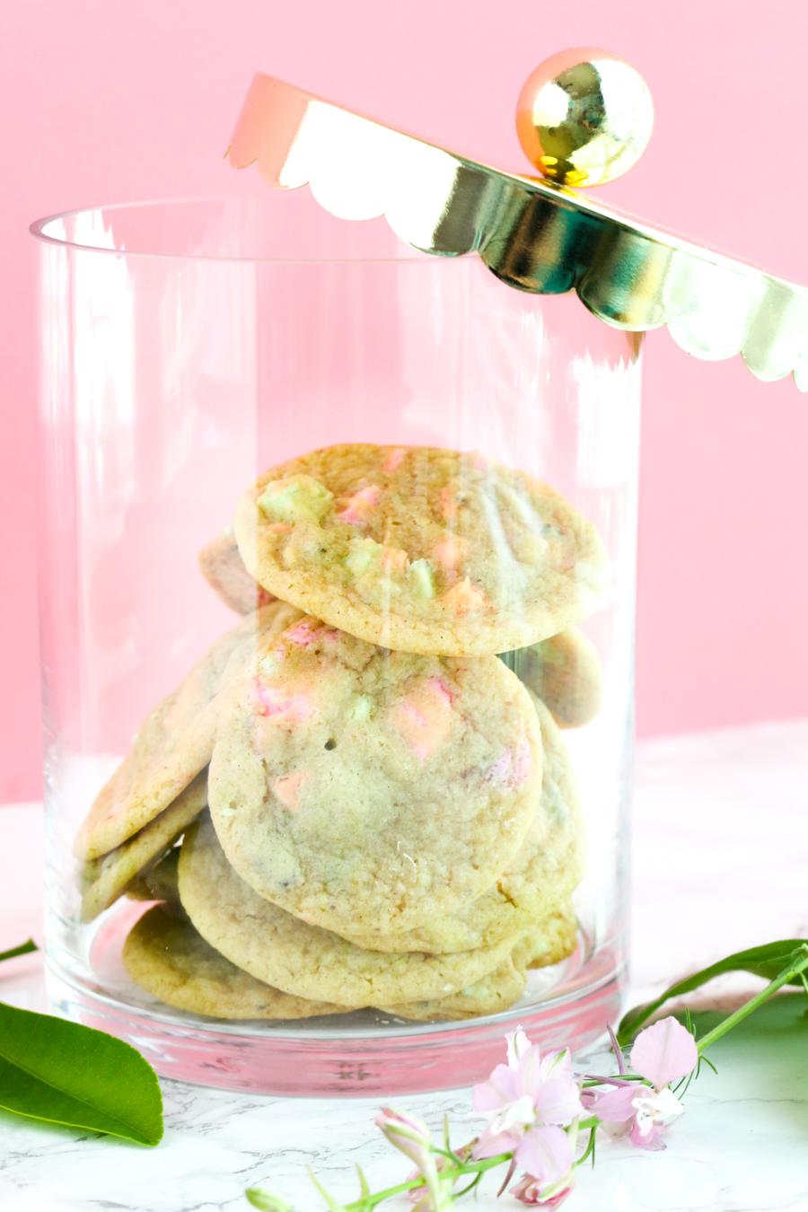 Pastel Candy Makeup Tutorial: Pastel Chocolate Chip Cookies