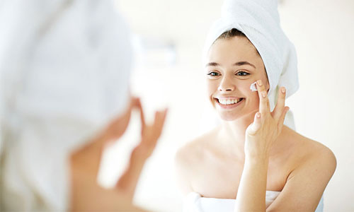 aplicar colágeno puro en la cara