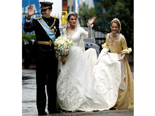 donde esta el vestido de novia de letizia – vestidos de novia cortos