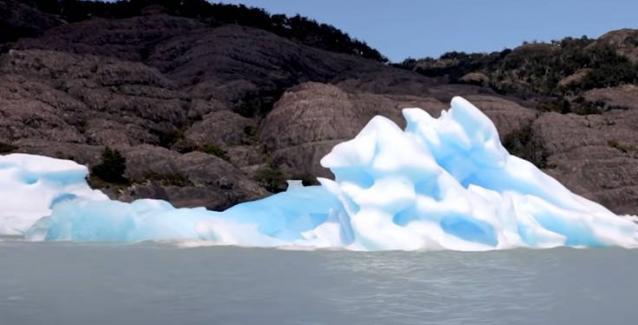 Έχετε δει ποτέ το… κάτω μέρος του παγόβουνου;