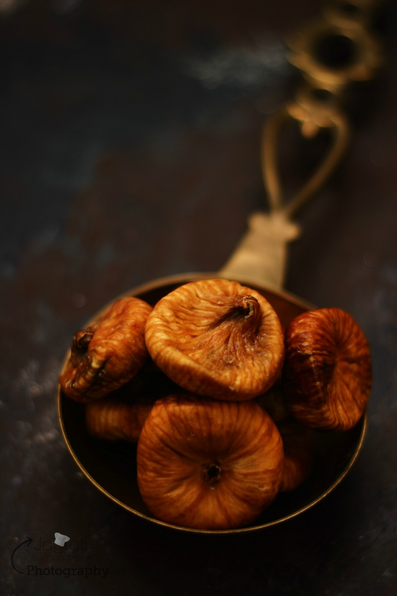Picture of dried figs