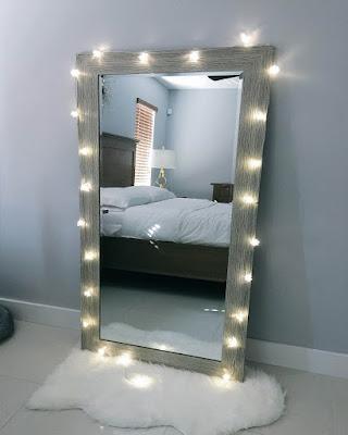 decoracion de espejo con luces moderno