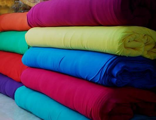 Phải cẩn thận với các loại vải thun may quần áo cho trẻ em, kể cả 100% cotton có nhuộm mẹ nhé